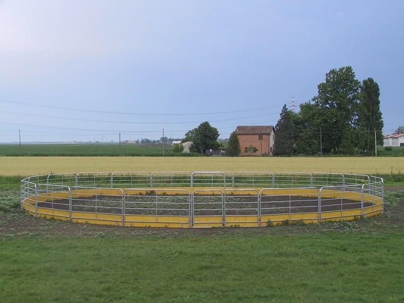Tondino Per Cavalli.Tondino Con Pannello Fence D 19m